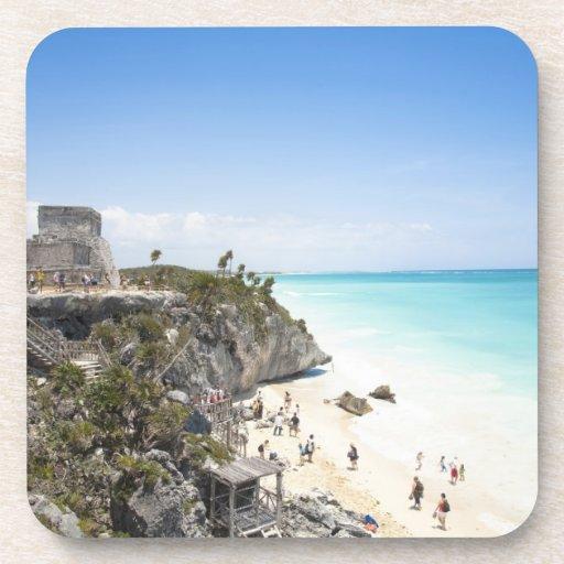 Cancun, Quintana Roo, México - ruinas en una colin Posavasos De Bebidas