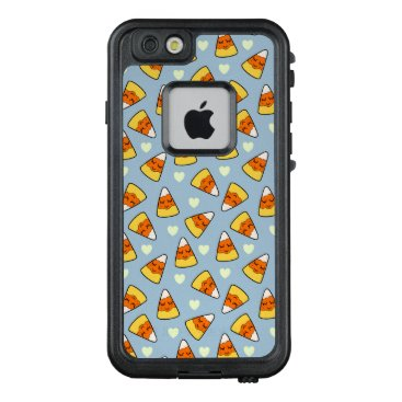 Halloween Themed Candy Corn and Heart Pattern LifeProof FRĒ iPhone 6/6s Case