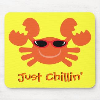 Cangrejo apenas Chillin con las gafas de sol Alfombrilla De Raton