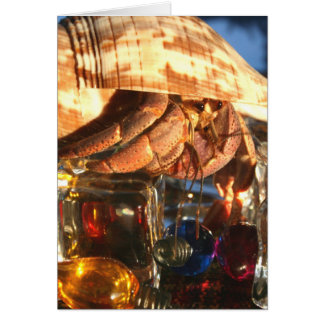 Cangrejo de ermitaño en los cubos de hielo tarjeta de felicitación