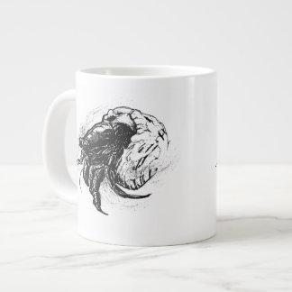 Cangrejo de ermitaño en negro taza de café gigante