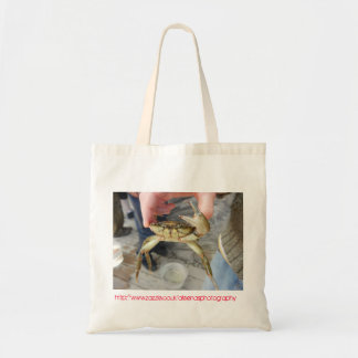 Cangrejo que agita bolsas