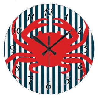 Cangrejo rojo en rayas náuticas relojes
