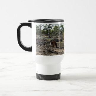 Canguro, _In_Outback_Australia_White_Travel_Mug Taza De Viaje