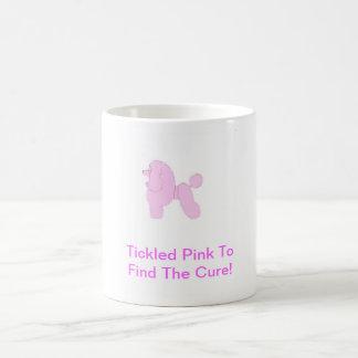 Caniche de juguete rosado taza clásica