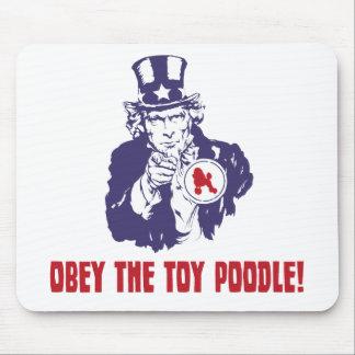 Caniche de juguete tapetes de raton