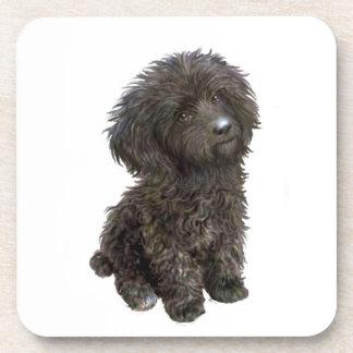 Caniche - perrito negro del juguete posavaso