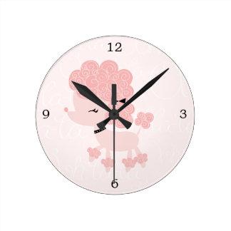 Caniche rosado lindo del francés del dibujo animad reloj
