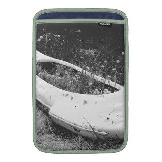 Canoa abandonada fundas para macbook air