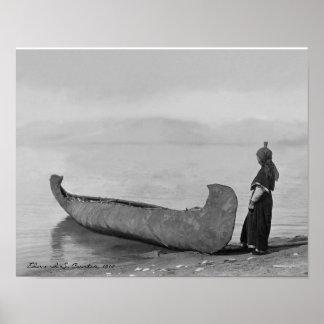 Canoa que hace una pausa del hombre de Kootenai Póster