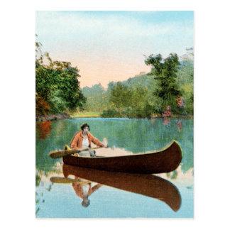 Canoa retra de la postal del viaje del kitsch del