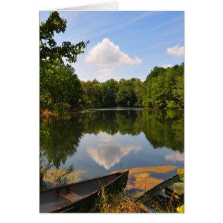 Canoa y lago tarjeta pequeña