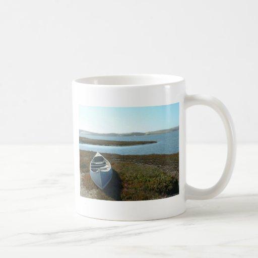 Canoe at rest coffee mug