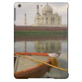 Canoe en agua con el Taj Mahal, Agra, la India Funda Para iPad Air