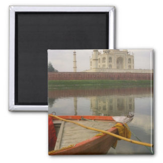 Canoe en agua con el Taj Mahal, Agra, la India Imán Cuadrado