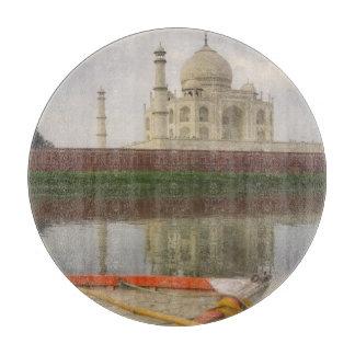 Canoe en agua con el Taj Mahal, Agra, la India Tabla Para Cortar