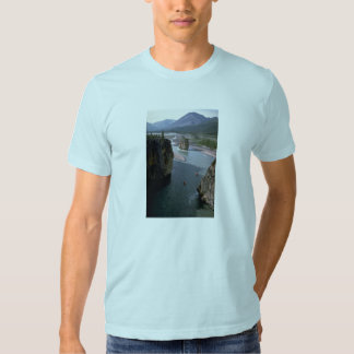 Canoeists, Mountain River, Northwest Territories, Tshirts