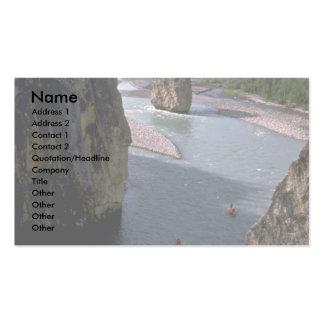 Canoeists río de la montaña territorios del noro tarjetas personales