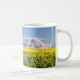 Canola y nubes tazas de café