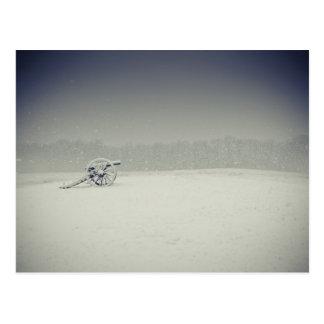 Cañón del campo de batalla de Manassas en la nieve Postales