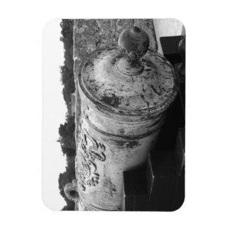 Canon en el bw del fuerte I de St Augustine Iman