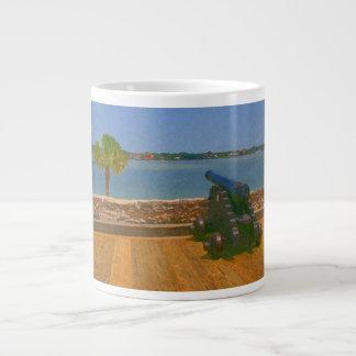 Canon sobre la pintura de la entrada taza de café grande