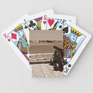 Canon sobre la sepia 1 de la entrada barajas de cartas