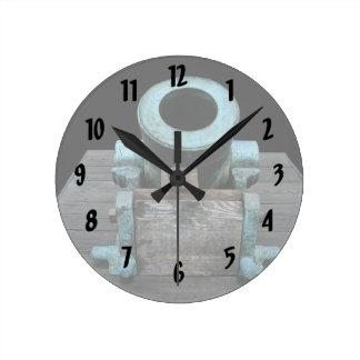 Canon St Augustine rechoncho Reloj Redondo Mediano