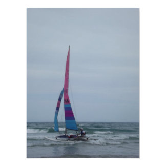 Canotaje de la vela en el poster del océano