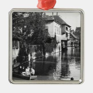 Canotaje en el río Gera en Erfurt Adorno Navideño Cuadrado De Metal