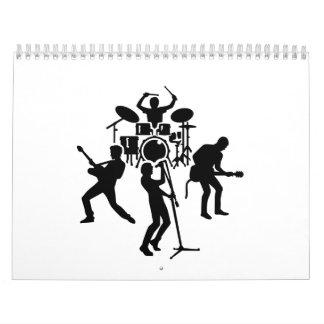 Cantante del guitarrista del batería de la banda calendario