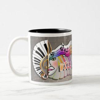 Cantará para las TAZAS de café