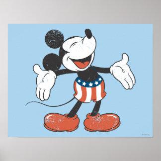 Canto patriótico de Mickey el   del día de fiesta Póster