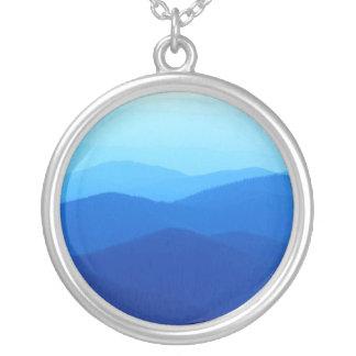 cantos azules frescos de la montaña colgante redondo