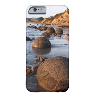 Cantos rodados Nueva Zelanda de Moeraki Funda De iPhone 6 Slim