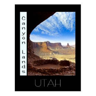 canyon lands, UTAH Postcard