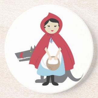 Capa con capucha roja posavasos para bebidas