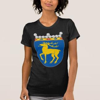 Capa de Åland del HACHA del brazo Camisetas