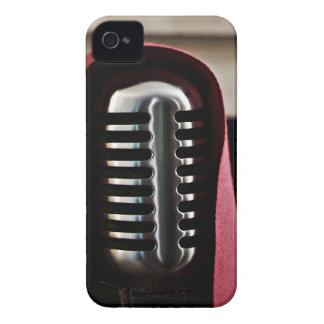 Capa del micrófono del vintage iPhone 4 protector
