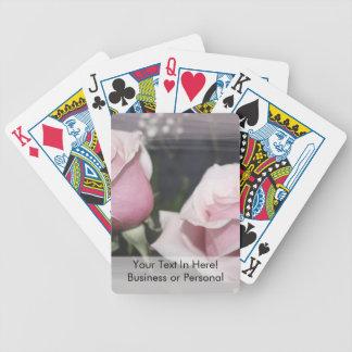 Capa incompleta descolorada de la imagen color de  barajas de cartas