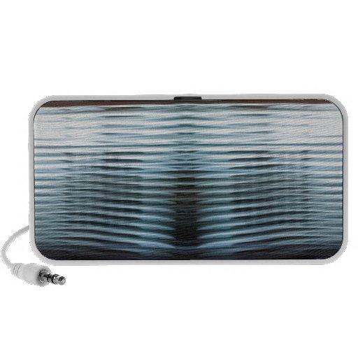 Capas frescas abstractas de luz laptop altavoces