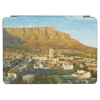 Cape Town Cityscape With Table Mountain iPad Air Cover