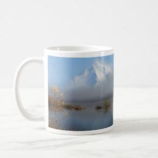 Capilla de Mout y taza de Roslyn