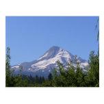 Capilla del Mt, Oregon en una postal del día de ag