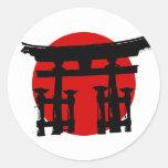 Capilla sintoísta japonesa etiquetas redondas
