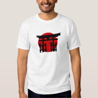 Capilla sintoísta japonesa poleras