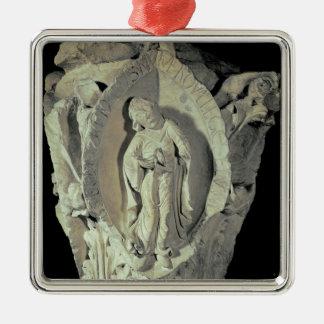 Capital que representa la segunda llave de Plainso Ornamentos De Reyes