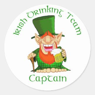 Capitán de consumición irlandés del ~ del equipo pegatina redonda