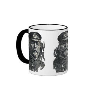 Capitán John Smith, HMS titánico Taza