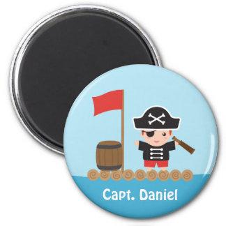 Capitán lindo Ocean Raft Boy del pirata Imán Redondo 5 Cm